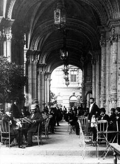 Klösz György, The Reitter coffee-house in the Dreschler Palace, Budapest, Hungary, (Men only or just coincidence? Old Pictures, Old Photos, Vintage Photos, Budapest Travel Guide, Capital Of Hungary, Restaurant Pictures, Buda Castle, Austro Hungarian, History Photos