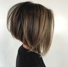 Best New Bob Hairstyles Would you like to get a new look? We offer you to check the New Bob Hairstyles 2018 – 2019 we have handpicked just for you. Hairstyles medium Best New Bob Hairstyles 2019 - The UnderCut Haircuts For Fine Hair, Haircut For Thick Hair, Short Bob Haircuts, Stacked Bob Hairstyles, Bobs For Thick Hair, Thin Hair, Modern Haircuts, Bobs For Fine Hair, Curly Hair Bob Haircut
