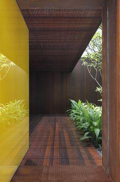 minimalist trellis | AH HOUSE, São Paulo, 2012