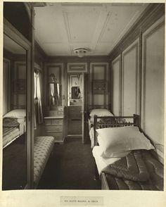 En suite rooms, A. deck (9250770800).jpg