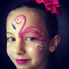 Are you in search of ideas for face painting for parties? Then check out our pick of 30 designs for face painting for kids! Flamingo Face Paint, Butterfly Face Paint, Animal Face Paintings, Girl Face Painting, Princess Face Painting, Belly Painting, Tole Painting, Face Painting Tutorials, Easy Face Painting Designs