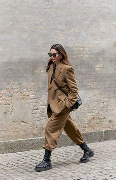 Looks Street Style, Autumn Street Style, Looks Style, Street Style Women, Street Styles, Street Style Suit, Summer Street, Autumn Style, Men Street