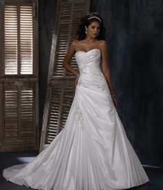 Wedding dress pretty