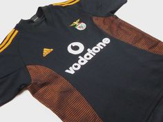 Benfica face FC Astana tonight in the Champions League.  Visit us at www.classicfootballjerseys.com to see our range of classic shirts.   #benfica #championsleague #fcastana #classicfootballshirts #classicfootball #classicfootballjerseys #vintagefootballshirt #vintagefootballshirts #oldfootballshirt #oldfootballshirts