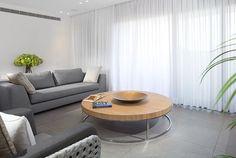 תוצאת תמונה עבור סלון ריצוף אפור Table, Furniture, Home Decor, Decoration Home, Room Decor, Tables, Home Furnishings, Desks, Arredamento