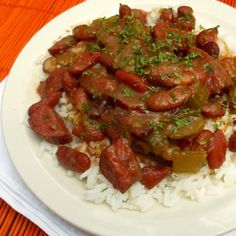 Mardi Gras - Traditional Red Beans and Rice Creole Cooking, Cajun Cooking, Cajun Recipes, Veggie Recipes, Rice Recipes, Easy Recipes, Slow Cooker Recipes, Crockpot Recipes, Kitchens
