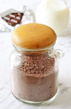 Homemade Chocolate Pudding Mix - quick and easy recipe to make organic chocolate pudding mix from scratch in under a minute; use as substitute in recipes that call for the boxed mixes