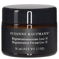 Regeneration Cream Line M- Susanne Kaufmann organic treats An extract from white lupine blossoms supports the formation of collagen. This rich cream is suitable for all types of skin. Skincare Logo, Glycerin, After Shave Balm, Skin Care Cream, Cleansing Gel, Facial Skin Care, Face And Body, Body Care, Sephora