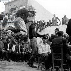Wedding at Anogia, Crete, 1954 Photographer Dimitris Harissiadis Benaki Museum, Athens, Greece Greece Pictures, Old Pictures, Old Photos, Crete Greece, Athens Greece, Greek Dancing, Benaki Museum, Kai, Crete Island