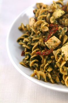 Pesto Pasta Chicken Salad - Yummy way to mix up boring brown bag work lunches!