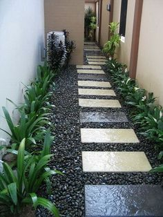 42 Amazing DIY Garden Path and Walkways Ideas backyard garden paths lead our eye by means of a garden, and add allure and focus as well. Each backyard wants a path Landscaping Supplies, Small Backyard Landscaping, Backyard Patio, Landscaping Ideas, Black Rock Landscaping, Stone Backyard, Landscaping Shrubs, Inexpensive Landscaping, Outdoor Walkway
