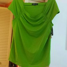 Top Jones NY Apple Green (kiwi) knit top with gathered neckline & stretch. Cap sleeve size 1X  new, never worn. Jones New York Tops Blouses