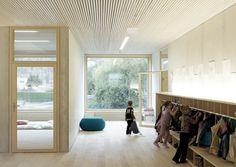 Kindergarten Susi Weigel / Bernardo Bader Architects - Cubbies and coat hanging area