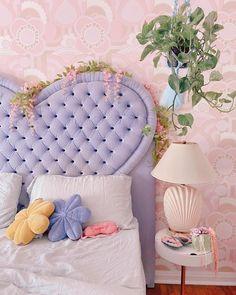 Pastel Room Decor, Cute Room Decor, Pastel Bedroom, Room Ideas Bedroom, Bedroom Decor, Bedroom Inspo, Ideas Decorar Habitacion, Cute Room Ideas, Pretty Room