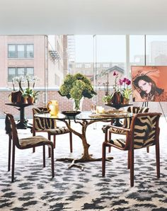 We've collected some of our favorite round dining tables, perfect for bringing together family and friends during the holiday season
