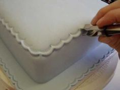 Cake Decoration - Top Edge, Crimping Tool, Icing