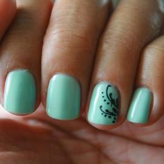 Lacey-This color is really pretty  Sea Foam- Gelish