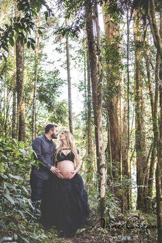 fotografia de gestante lúdico; book grávida; sessão fotográfica casal ar livre por do sol; saia tutu bailarina; Anne Caron (10)