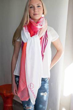 28f402300d2f 63 meilleures images du tableau Couture...foulard   Scarves, Sewing ...