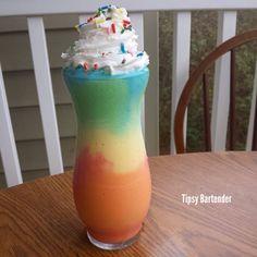 Spring Tye Dye Milkshake - For more delicious recipes and drinks, visit us here: www.tipsybartender.com