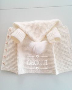 Baby Boy Cardigan, Baby Girl Cardigans, Baby Sweaters, Girls Sweaters, Coat Patterns, Baby Knitting Patterns, Crochet Baby Jacket, Pullover Outfit, Baby Coat