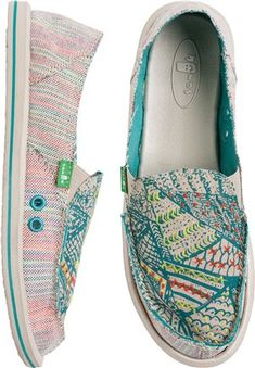 Sanuk for women http://www.swell.com/Womens-Footwear/SANUK-SCRIBBLE-SHOE?cs=TE