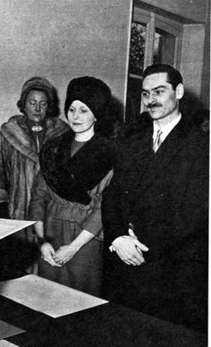 Mircea Grigore Carol Hohenzollern (aka Carol Lambrino) married Thelma Jeanne Williams on 20 December 1960 in Paris, France. One child. Romanian Royal Family, Queen Victoria Descendants, Queen Victoria Prince Albert, Religious Wedding, Falling Kingdoms, Civil Ceremony, Royal House, Ferdinand, Getting Married