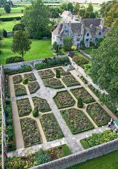 amaz garden, manicur garden, beauti ground, knot garden, travel everywher