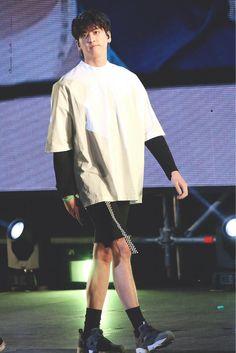 Kim Jinhwan, Chanwoo Ikon, Hanbin, Korean Fashion Men, Kpop Fashion, Ikon Songs, Ikon Member, Ikon Kpop, Thoughts