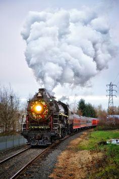 Holiday Steam Train (2014) by Alvaro Pardo