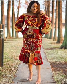 South African Traditional Dresses Designs: This resembled a white wedding dress yet the social and conventional hues, the examples and all things African Print Dresses, African Print Fashion, African Fashion Dresses, African Dress, African Clothes, Ankara Dress, Ankara Fashion, Ankara Fabric, African Attire