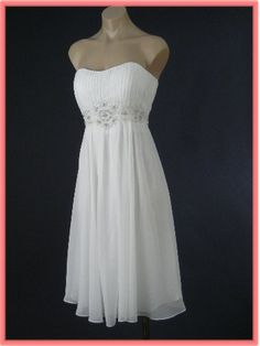 Pretty and feminine vintage inspired strapless ivory chiffon dress reminds us of the party frocks that were very popular in the early Would be perfect for an informal wedding or as a reception dress. Informal Wedding Dresses, Informal Weddings, Formal Dresses, Day Dresses, Cute Dresses, Vintage Dresses, Wedding Dreams, Wedding Things, Wedding Stuff