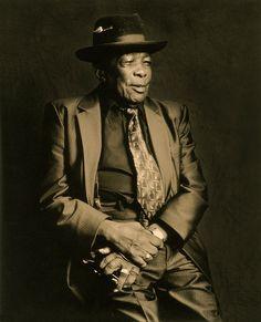 Images of blues musicians. Jazz Artists, Jazz Musicians, Black Artists, Music Artists, John Lee Hooker, That Old Black Magic, Legend Singer, Guitar Boy, William Christopher