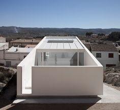 House on Mountainside / Fran Silvestre Arquitectos | AA13 – blog – Inspiration – Design – Architecture – Photographie – Art