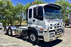 2016 ISUZU GIGA Bedford Truck, Rigs, All Over The World, Jeep, Trucks, Roads, Motorbikes, Studs, Wedges