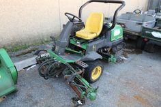 2003 John Deere reel/Greens Mower, VIN/Serial# TC2500G030245, Age, electrical problems, inoperable. Does not run. Fleet #07637. All items are bill of sale only.