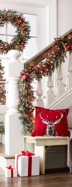 Rustic Christmas Decor #Christmas