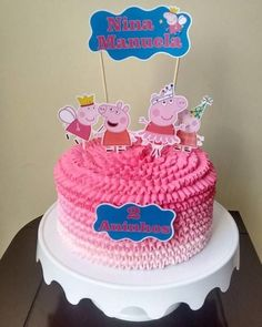 Bolo Peppa Pig com topper e chantilly rosa em 3 tons Bolo Da Peppa Pig, Peppa Pig Birthday Cake, 2nd Birthday Party Themes, Birthday Celebration, Chocolate Birthday Cake Decoration, Pig Girl, Cake Decorating Icing, Pig Party, Mishka