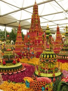 Chelsea Flower Show...made of flowers no less