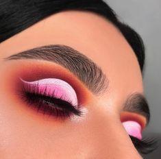 Makeup Hacks Online – Hair and beauty tips, tricks and tutorials Old Makeup, Blue Eye Makeup, Beauty Makeup, Huda Beauty, Makeup Goals, Makeup Inspo, Makeup Inspiration, Makeup Ideas, Makeup On Fleek