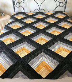 Log Cabin Tunnels Quilt Pattern 2019 Photo only. Love the effect of the colors. The post Log Cabin Tunnels Quilt Pattern 2019 appeared first on Quilt Decor. Scrap Quilt, 3d Quilts, Jellyroll Quilts, Édredons Cabin Log, Log Cabin Quilts, Barn Quilts, Log Cabins, Log Cabin Patchwork, Jelly Roll Quilt Patterns