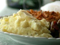 Sinfully Delish Garlic Mashed Potatoes
