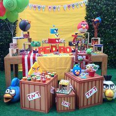 Festa Angry Birds divertida por @daniportes  #kikidsparty                                                                                                                                                      Más