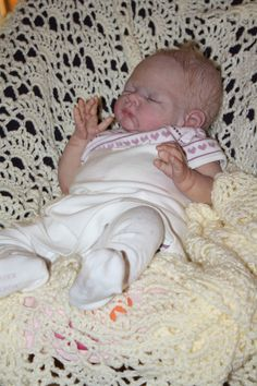 Khian reborn doll made by Rhonda @ cuddleondelivery.com