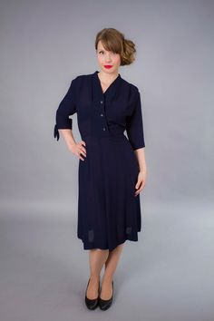 1940s dress . 40s navy blue rayon jersey dress . by coralvintage, $120.00
