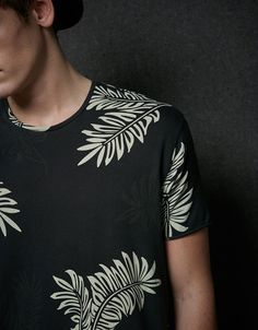 T-shirt estampado ótico - T-shirts - Bershka Portugal