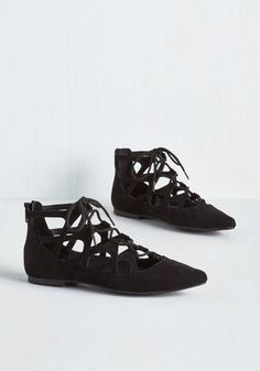 Rover and Out Flat. These black flats provide amble opportunity to style up your strut! #black #modcloth
