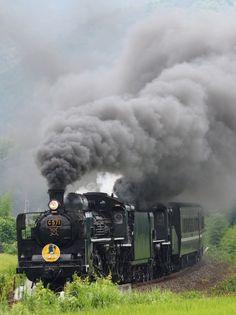 蒸気機関車の投稿写真。タイトルはSLやまぐち号重連