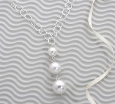 Sterling Pearl Necklace.....a nice updated classic!