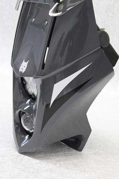 The Lynx R adventure fairing is the latest version of our popular Lynx series steering based fairings aimed at smaller to medium sized motorcycles. Dr 650, Dirt Bike Room, Ktm Exc, Bike Details, Dual Sport, Screen Design, Lynx, Sport Bikes, Sports
